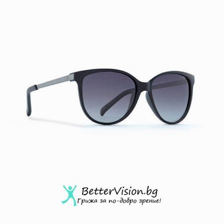 Черна рамка и Сини градиент стъкла - INVU Дамски слънчеви очила с поляризация B2706A и UV защита за очите